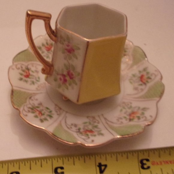 Other - OCCUPIED JAPAN ANTIQUE TEA CUP. WS
